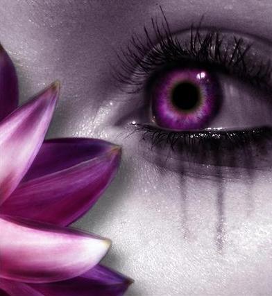 Někdo má ružovou v u oku